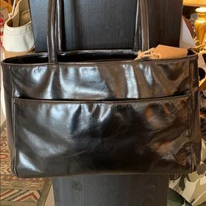 🍁 DANIER ITALIAN LEATHER SHOULDER BAG